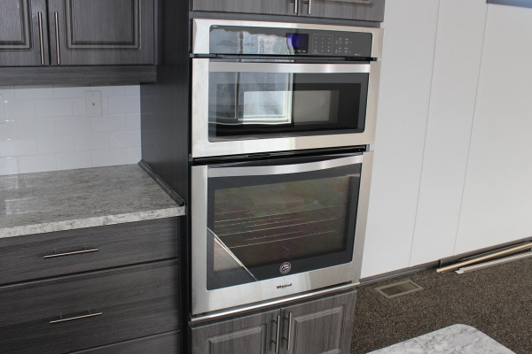 2235-radical-kitchen-ovenF6F6BFC6-7FAE-C091-49F6-852CF1D33D0F.jpg