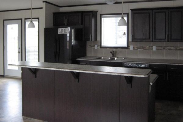 1372-kitchen-2-min7AAC863E-BECC-DFC4-A870-AB91389DC270.jpg