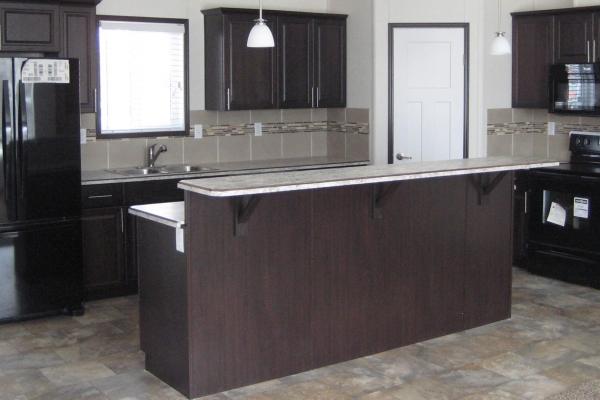 1372-kitchen-min239BF0EB-52F6-6167-6381-94D1C64D12C2.jpg