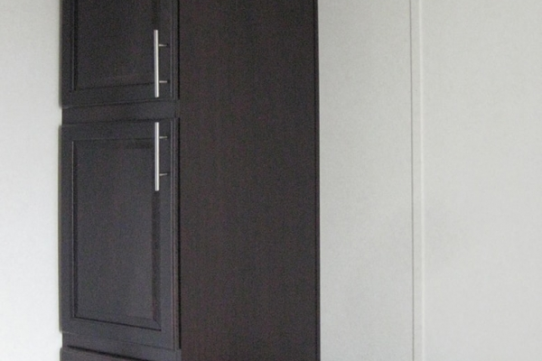 1372-linen-cabinet-in-ensuite-min4F2F224B-709F-8E90-3DEB-C5A664231D42.jpg